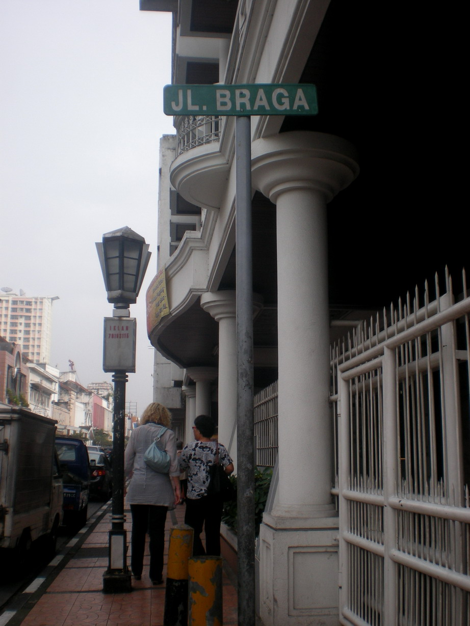 lanjutan dari petualangan saya di Bandung *