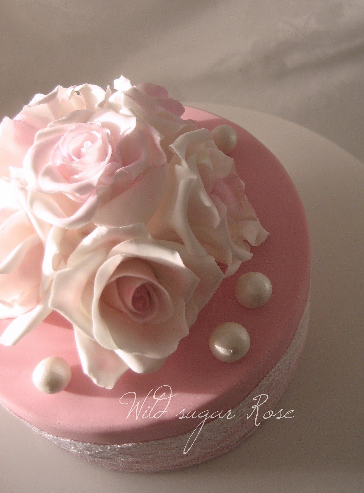 roses and pearls - photo #4