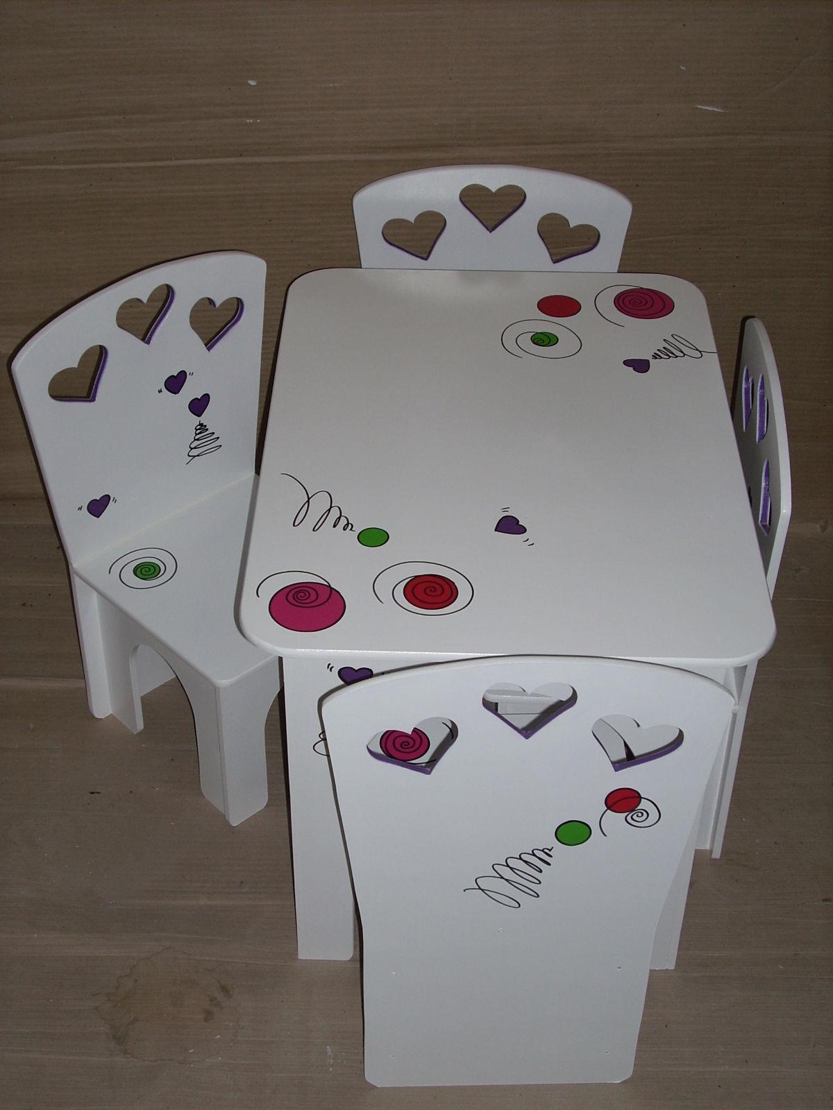 Los colores locos muebles infantiles mesa y sillas blanco for Mesa y silla infantil