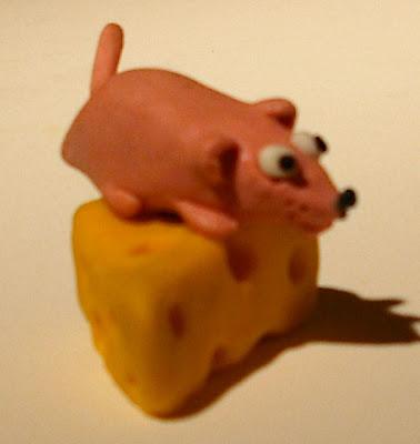 juego de los REGALOS!!! - Página 11 Raton+y+queso+de+plastilina+stop+motion