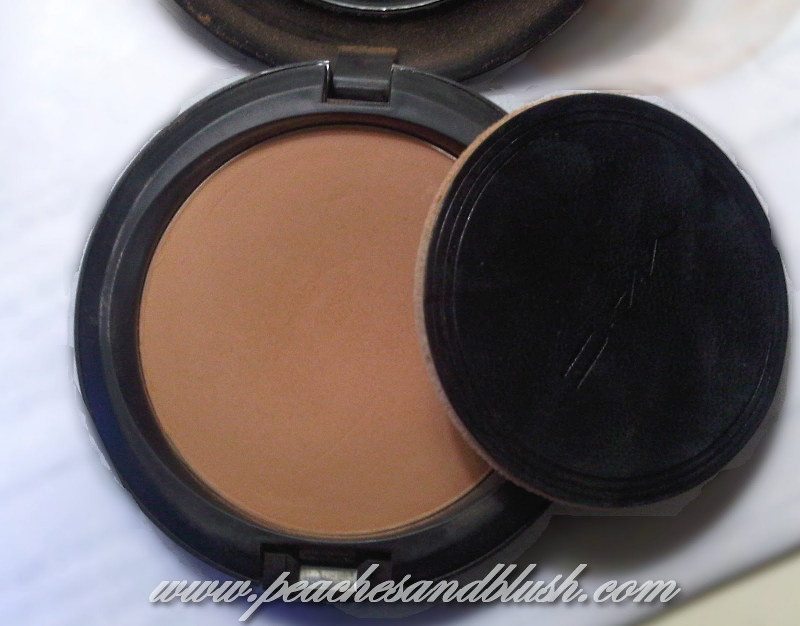 MAC Select Sheer Pressed Powder Review, Swatches ...