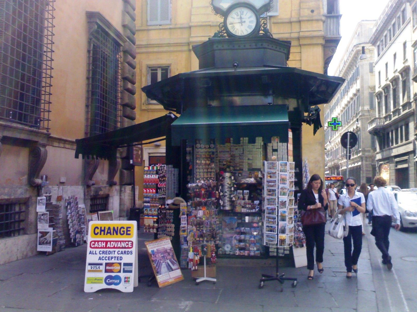 Roma Fa Schifo C Era Una Volta La Pi 249 Antica Edicola