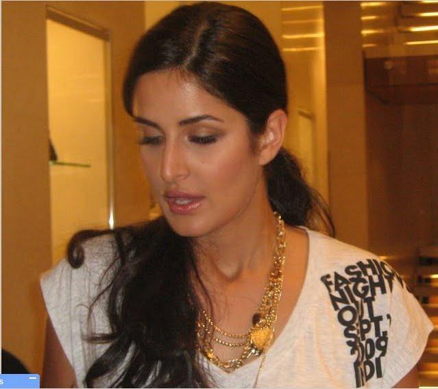 Real Life Pics of Katrina Kaif, Meet Katrina Kaif Online