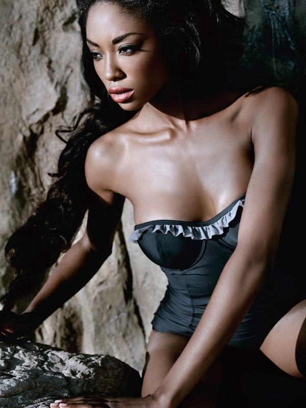 http://3.bp.blogspot.com/_k4JO_Y51qhE/S-wYbXzP2gI/AAAAAAAAATY/vVl9vO5b7vI/s1600/Tanisha+%26amp%3B+Heidi+SW__0020A.jpg