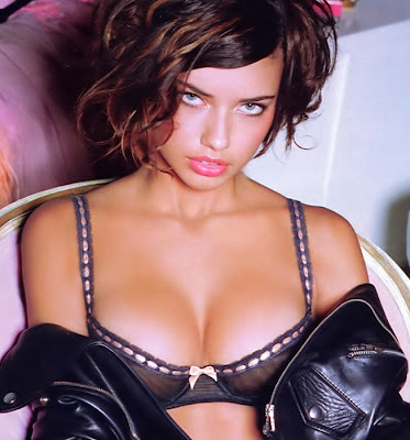 Adriana Lima everyday more nice, hot pics!