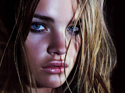 Female fashion models Natalia Vodia