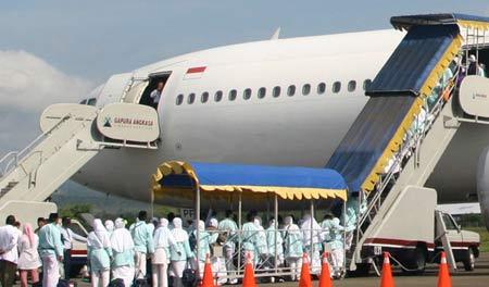 Pesawat Penerbangan Keberangkatan dan Kepulangan Jamaah Haji Indonesia