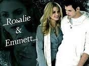 Ellos son Emmett y Rosalie.