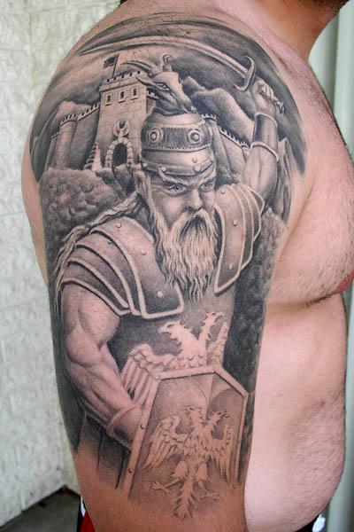 tatuajes rana. Les dejo la imagen esta de un tatuaje de vikingo, increible, realmente un