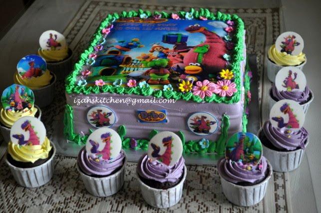 Izahs Kitchen Dibo the Gift Dragon Birthday Cake for Angel