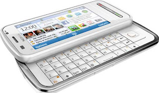nokia_C6-00_white_lying_open_side
