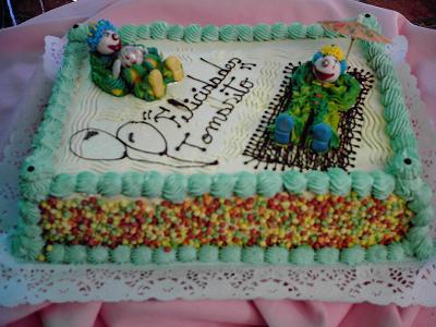 Divertidos en su torta