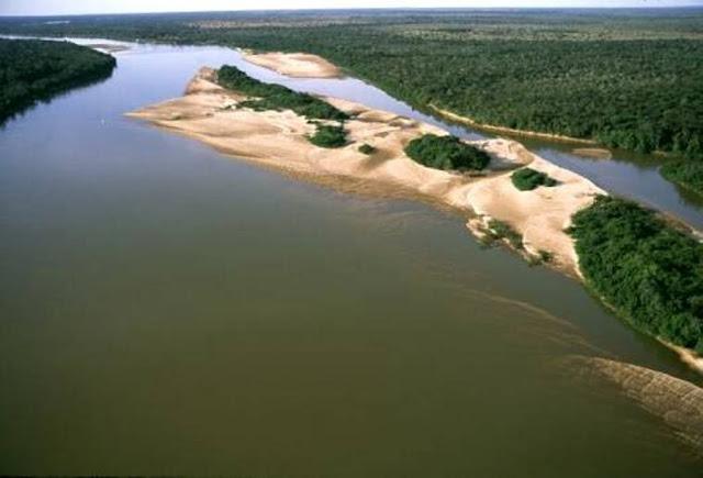 Rio Araguaia-Ilha de areia