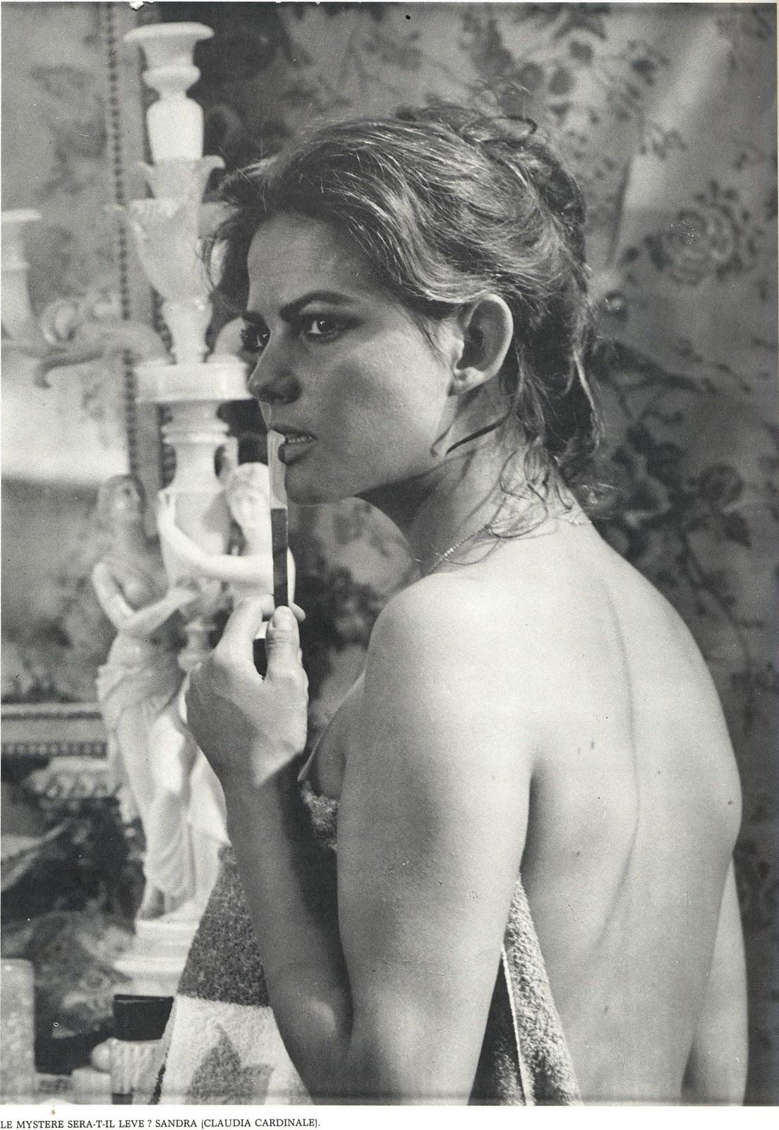 Sandra, Claudia Cardinale