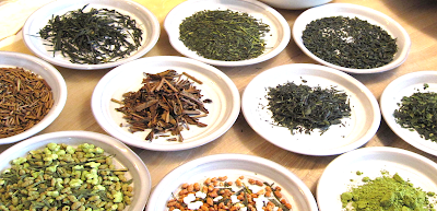 Sugimoto America is the best place to buy delicious Japanese green teas such as Hojicha, Genmaicha, Matcha, Gyokuro, Sencha Fukamushi, Sencha Chumushi, Sencha Asamushi, Bancha, Konacha, and more!