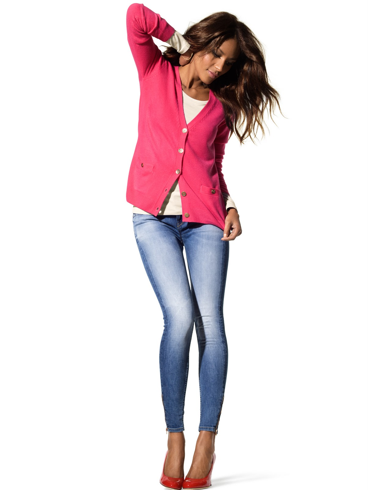 http://3.bp.blogspot.com/_kDujDzwdR0M/TTaJHNpFnPI/AAAAAAAAFLM/2fUh1sY60P4/s1600/Emanuela+De+Paula+%2528Gina+Tricot+Jan+2011%2529.jpg