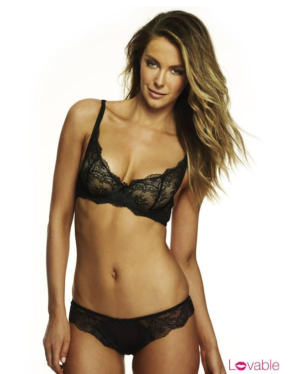 Celebrity Press: Jennifer Hawkins (Lovable Valentine's Day ...