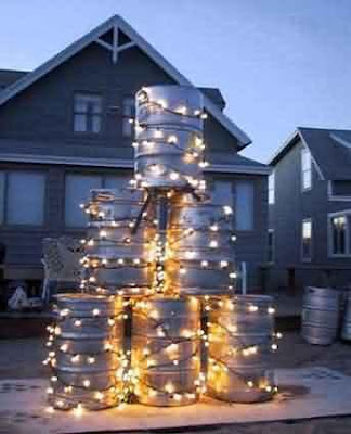 funny redneck pictures. Funny Redneck Christmas Tree
