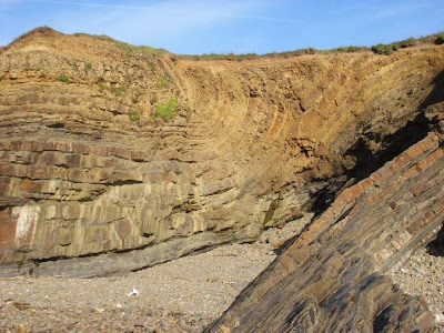 folded sandstone layers at Bude