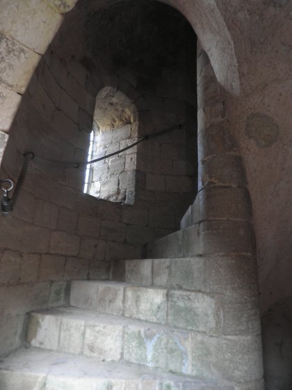 clockwise spiral staircase