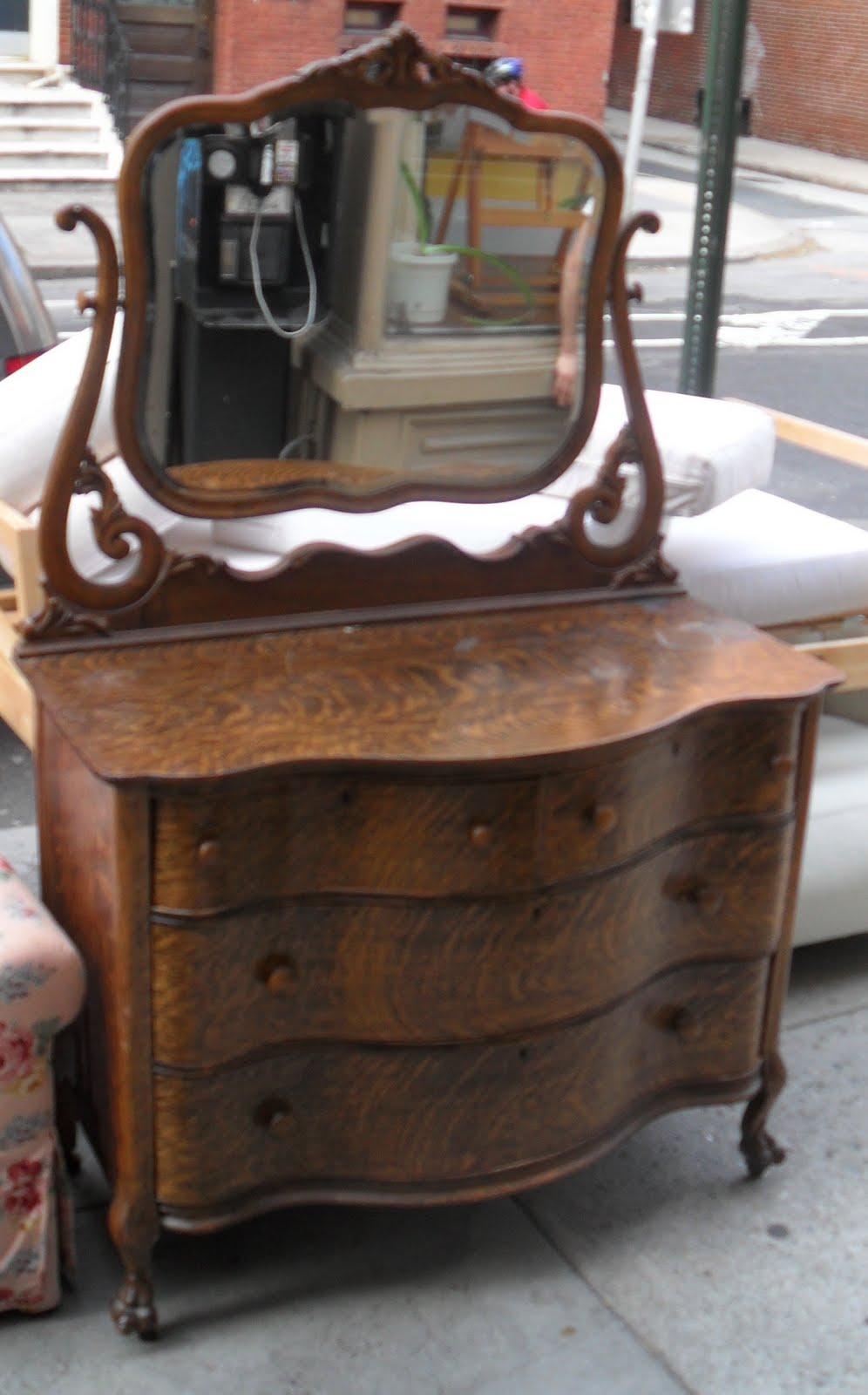 Serpentine Tiger Oak Dresser and Mirror SOLD - Uhuru Furniture & Collectibles: Serpentine Tiger Oak Dresser And