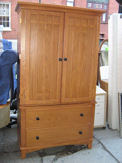 Uhuru Furniture Collectibles Blonde Oak Arts and Crafts Style