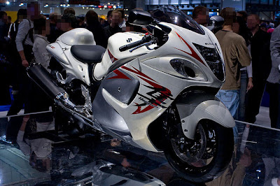 World's Fastest Motorcycle picture, World's Fastest Motorcycle images, World's Fastest Bike photo, Suzuki Hayabusa picture 2010, Suzuki Hayabusa pictures, Suzuki Hayabusa photo, Suzuki Hayabusa images,Suzuki Hayabusa pic