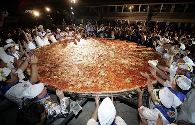 world's longest pizza picture, world's longest pizza photo, world's longest pizza images, world's longest pizza video