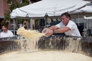 World's Largest Macaroni And Cheese photo, Largest Bowl of Macaroni And Cheese picture, Largest Macaroni And Cheese Guinness World Record 2011, Chef John Folse & Company Guinness World Record 2011