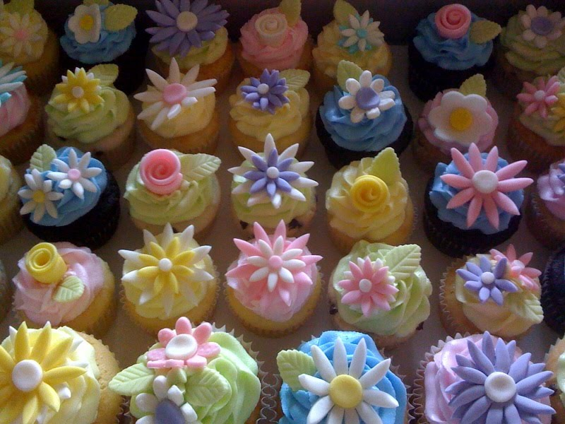 40th Birthday Spring Flower Cupcakes!