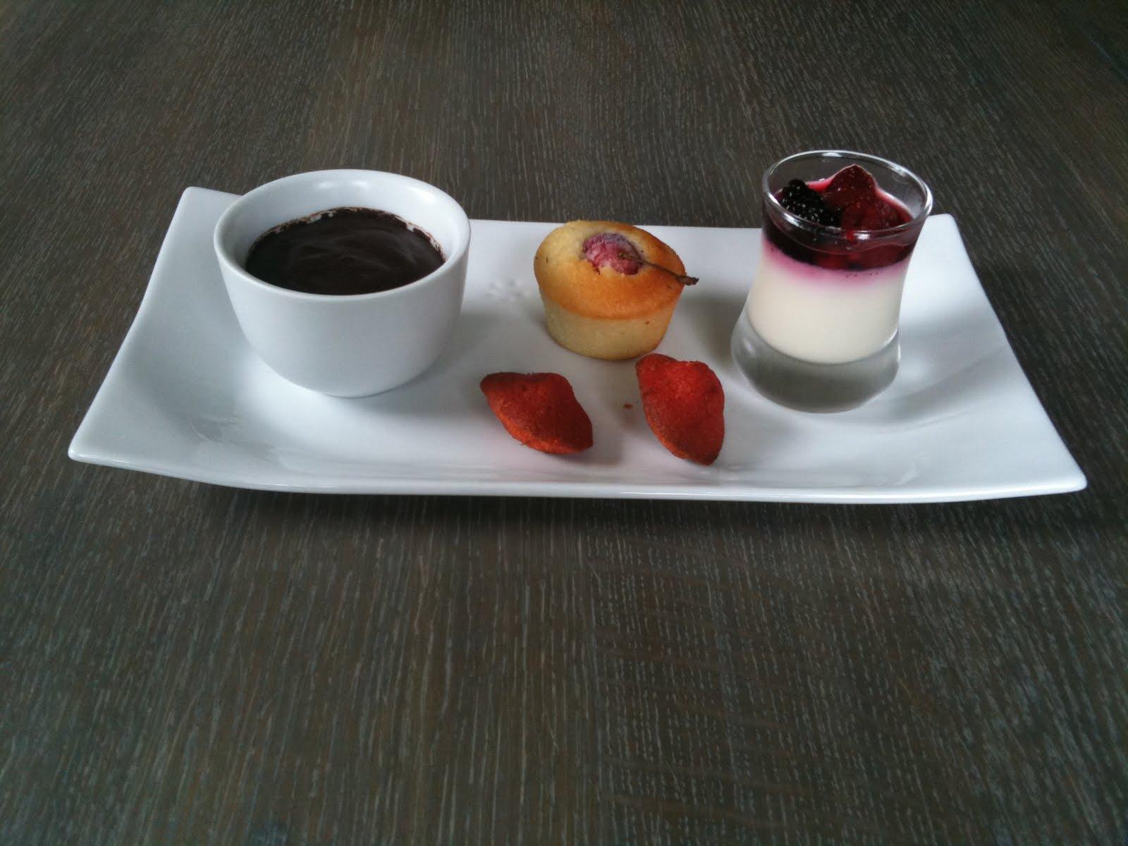 Dom cuisine panna cotta et mousse chocolat mignardises - Panna cotta herve cuisine ...