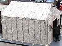 Summer Erek - Shed made of newspapers (2008)