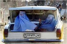 Cuando van en taxi