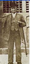 Don Miguel, con leontina