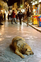 Durmiendo en Atenas