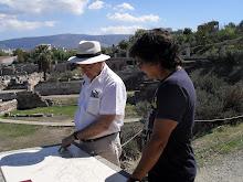 Como arqueólogos
