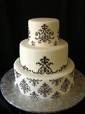 Damask wedding cake Source