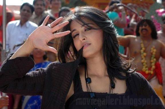 [Anushka-Panchakshari-Movie-Stills-Photos-06.jpg]