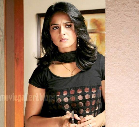 [Anushka-Panchakshari-Movie-Stills-Photos-05.jpg]