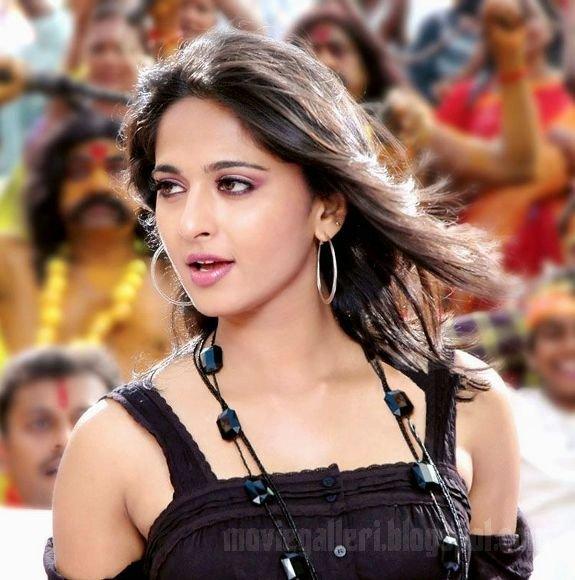 [Anushka-Panchakshari-Movie-Stills-Photos-01.jpg]