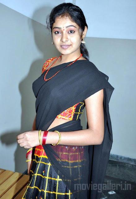 tamil actress arundhati stills in half saree
