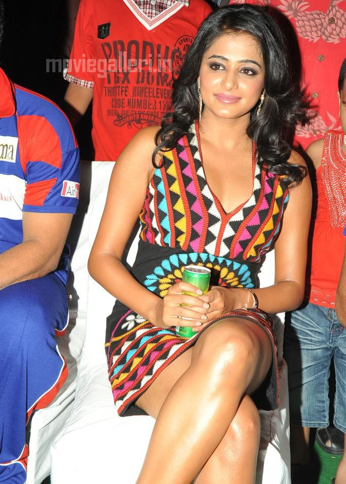 Priyamani  - Hot Priyamani at recent Award Function
