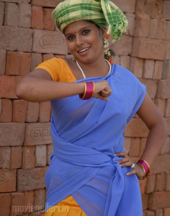 http://3.bp.blogspot.com/_kLvzpyZm7zM/TCwVw1AJq1I/AAAAAAAAQms/iqmETitgYA0/s1600/munnavar_tamil_movie_stills_photos_05.jpg