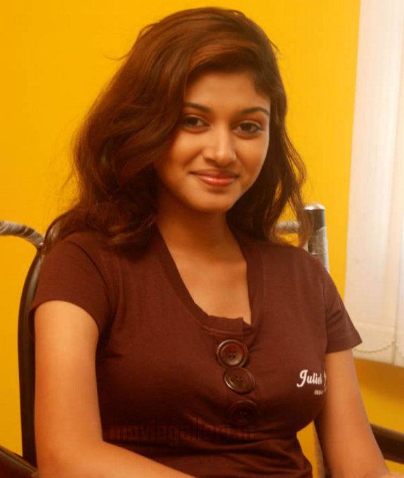 http://3.bp.blogspot.com/_kLvzpyZm7zM/TCxGkCFgHOI/AAAAAAAAQpE/ddkjM-L0MeE/s1600/kalavani_tamil_actress_oviya_stills_01.jpg