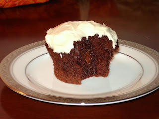 Cooking with the Keys: Chocolate Ganache Filled cupcakes
