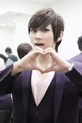 HYUN SEUNG(lead dancer)