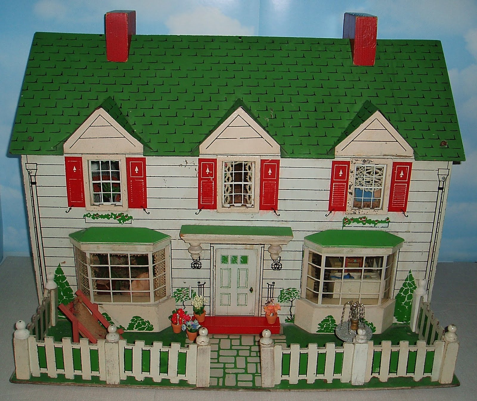 My vintage dollhouses happy birthday to me for Young house love dollhouse