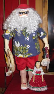 Hitty Flora sees Santa at the Shell Factory