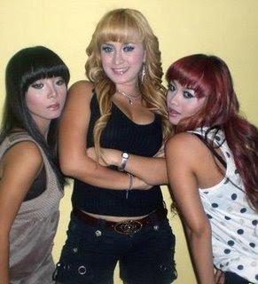 trio macan bugil