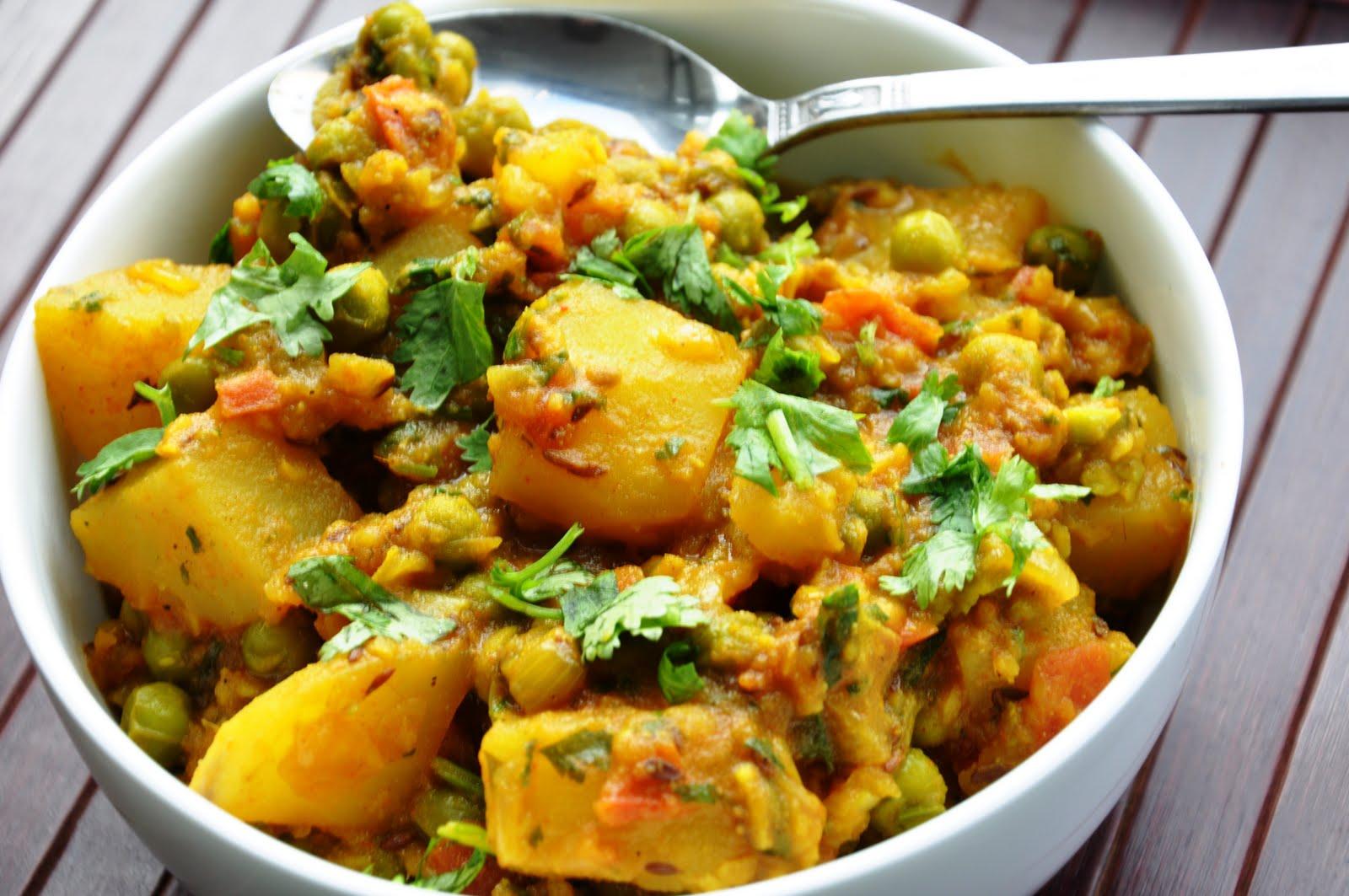 Classic Punjabi Dish... Aloo Matar (Potatoes and Green Peas) - Honey ...